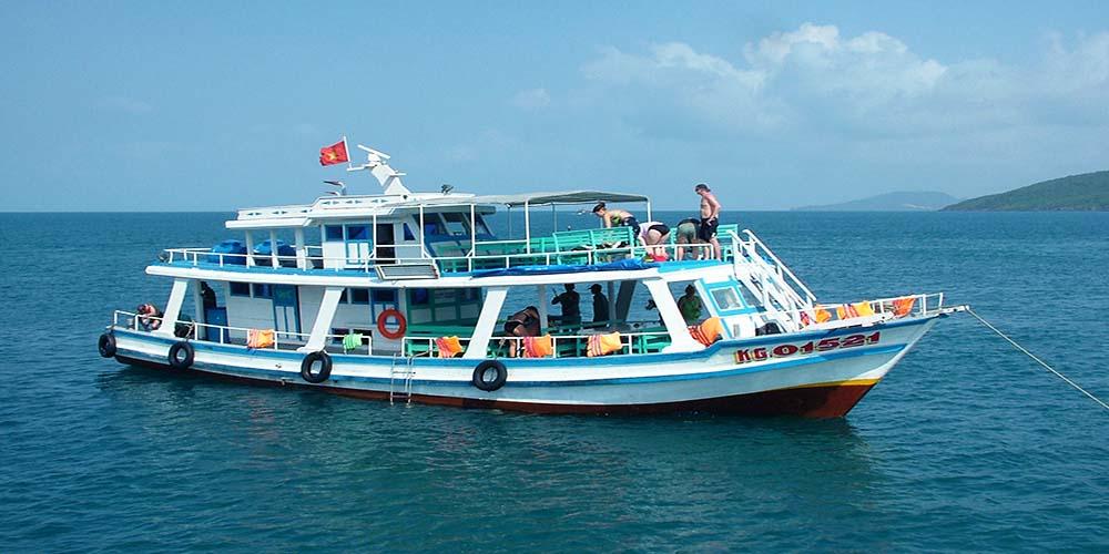 Boat trip Phu Quoc